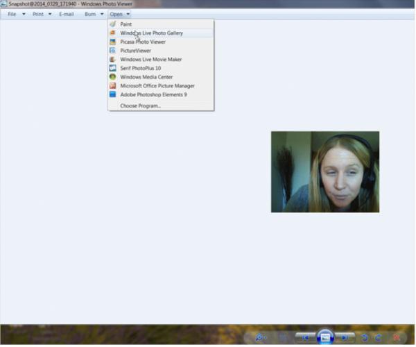 Открываем снимок в любой графической программе, щелкнув правой кнопкой по файлу и нажав «Open»