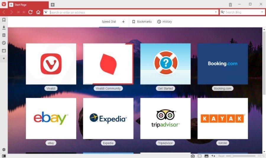 Vivaldi имеет адаптивный интерфейс, который меняется в соответствии с цветовой схемой веб-сайта
