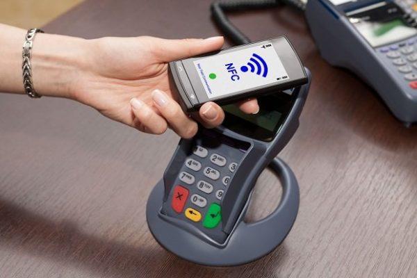 Для оплаты Android Pay нужны терминалы поддерживающие NFC