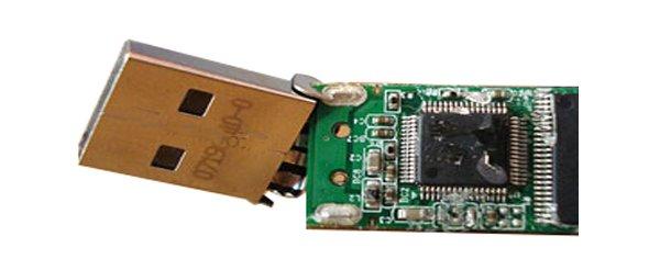 Физическое повреждение USB носителя