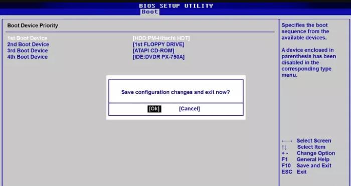В разделе «Boot» в строке«1st Boot Device», выставляем «HDD», нажимаем «F10», выбираем «ОК», нажимаем «Enter»