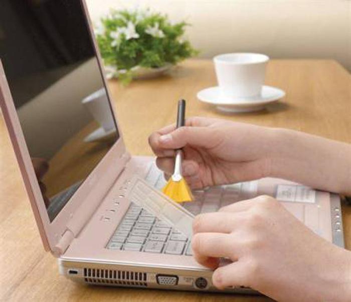 Устройства, с помощью которых можно почистить клавиатуру