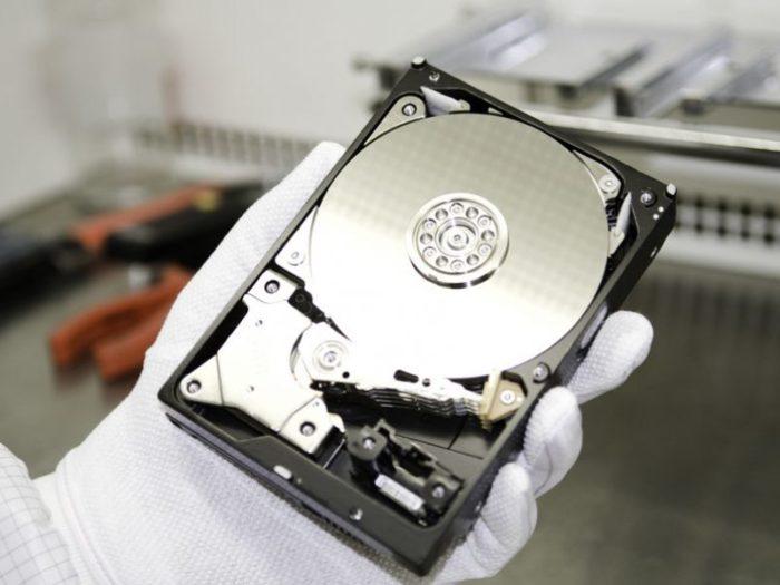 Как восстановить жесткий диск, если система его не видит