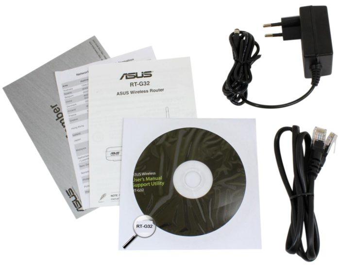 В комплекте с роутером поставляется записанное на диске программное обеспечение, с помощью которого возможно изменить его настройки