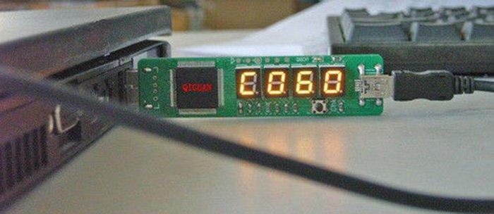 На экране карты POST отображается код неисправной аппаратной части устройства
