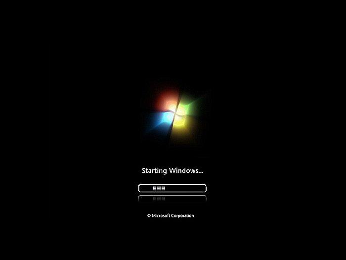 Ожидаем начала загрузки Windows