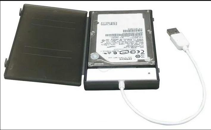 Если внешний жесткий диск не инициализирован, меняем его контейнер