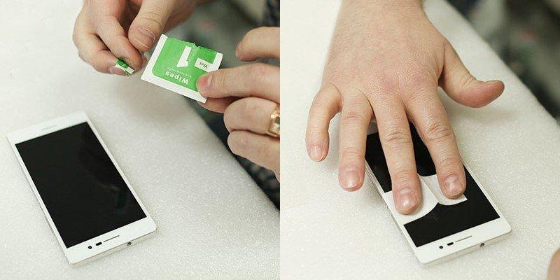Обезжириваем поверхность экрана салфеткой № 1 из комплекта или другим антистатическим средством