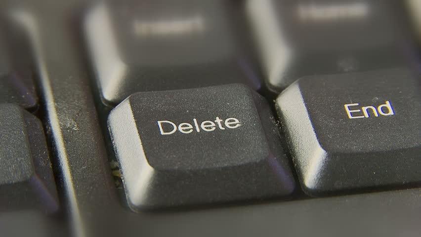 Нажимаем кнопку «Delete»
