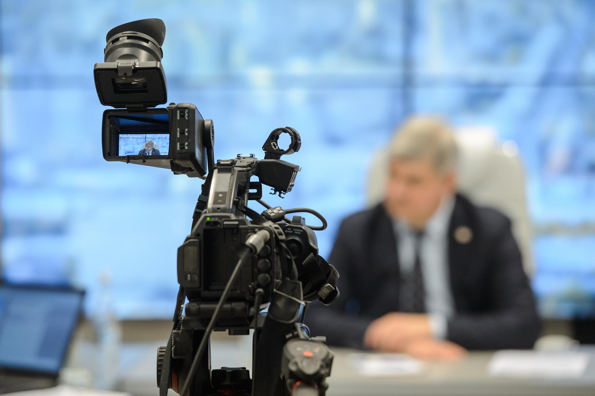 Петличные микрофоны активно применяются во время интервьюирования