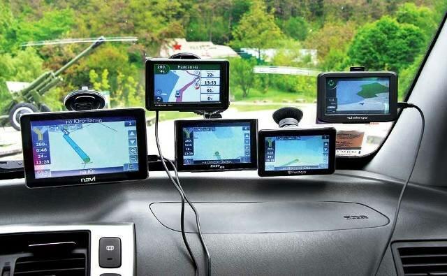 Различия между навигаторами в авто