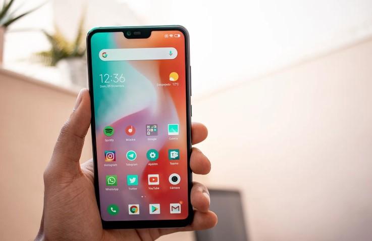 Смартфон с удобным интерфейсом Xiaomi Mi 8 lite
