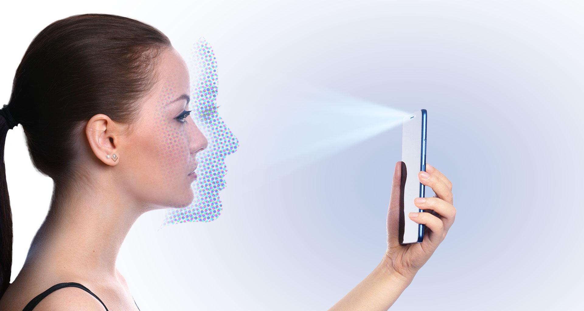В Xiaomi Mi 8 Pro предусмотрено наличие инфракрасного сканера для разблокировки монитора по лицу