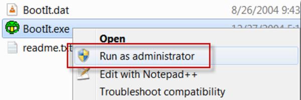 Щелкаем правой кнопкой мыши на ярлык программы, выбираем «Запуск от имени администратора»