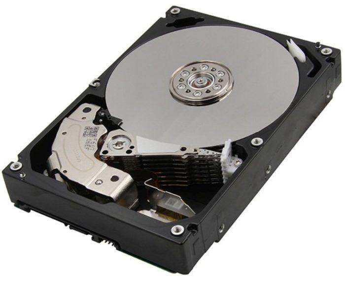HDD -диск самый медленный элемент компьютера, из-за низкой скорости чтения которого, может гораздо медленнее работать система