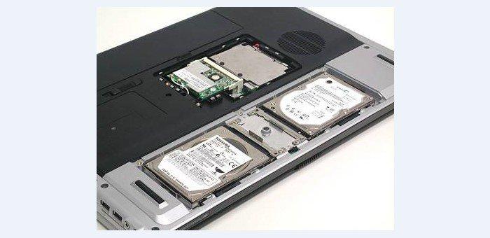 Ноутбук с двумя жесткими дисками